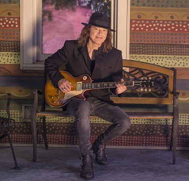 Robben Ford: Advice on careers, songwriting and Yes, Guitars!